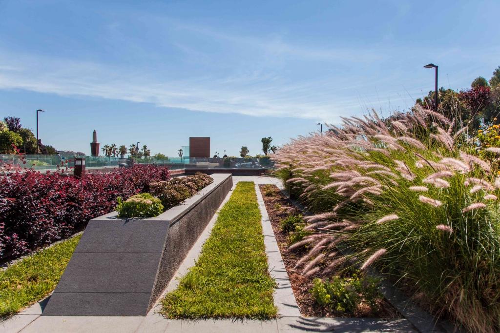 Giardini pensili contro lo smog | Harpo spa