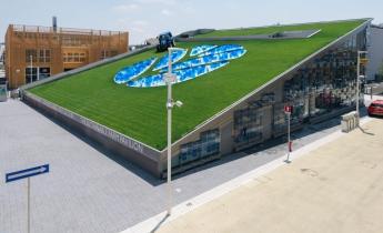 EXPO 2015 - Padiglione New Holland - intensivo leggero a prato inclinato