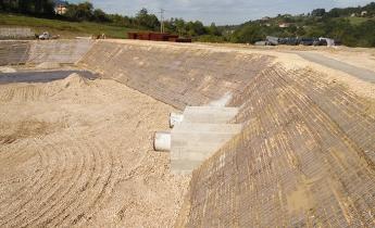 Difesa del suolo_Arginature in terra rinforzata | Harpo seic